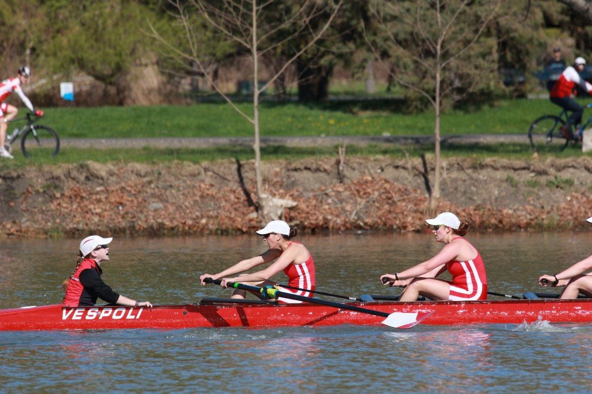 Both men's and women's teams will have streaks to break this weekend when it takes to the water.