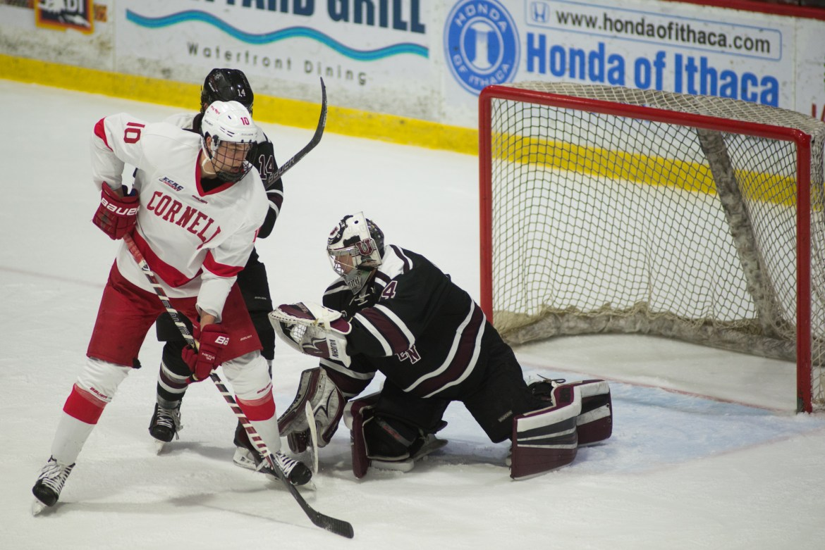 Columnist Kevin Linsey says the Red should put Beau Starrett's size and passing skills to use on its power-play attack.