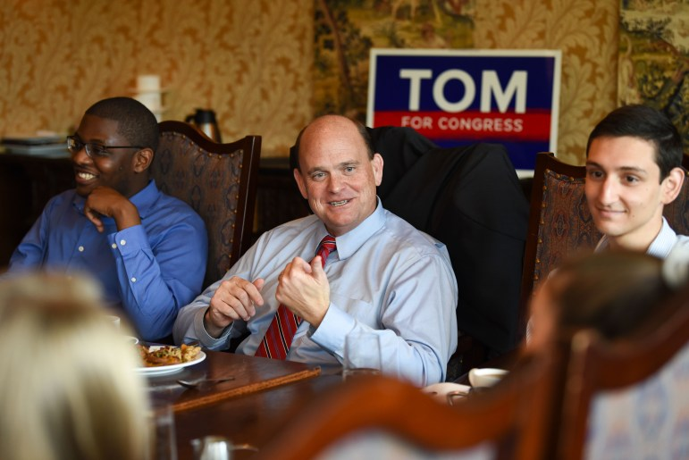 Rep. Tom Reed (R-N.Y.) met with Cornell Republicans at Taverna Banfi on Tuesday for an informal roundtable discussion. (Boris Tsang / Sun Assistant Photography Editor)