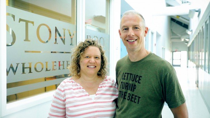 Through collaboration with Cornell Food Venture Center and Martin Farms, Kelly Coughlin '93 and Greg Woodworth '94 transformed their cookie company into a sustainable business that transforms seeds into oil.