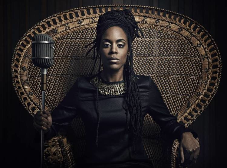 Hip-hop artist Akua Naru brought her signature voice to Ithaca on Monday.