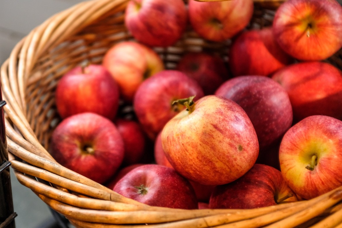 Cornell study finds the New York State apple industry has a greater economic impact than previous estimates.