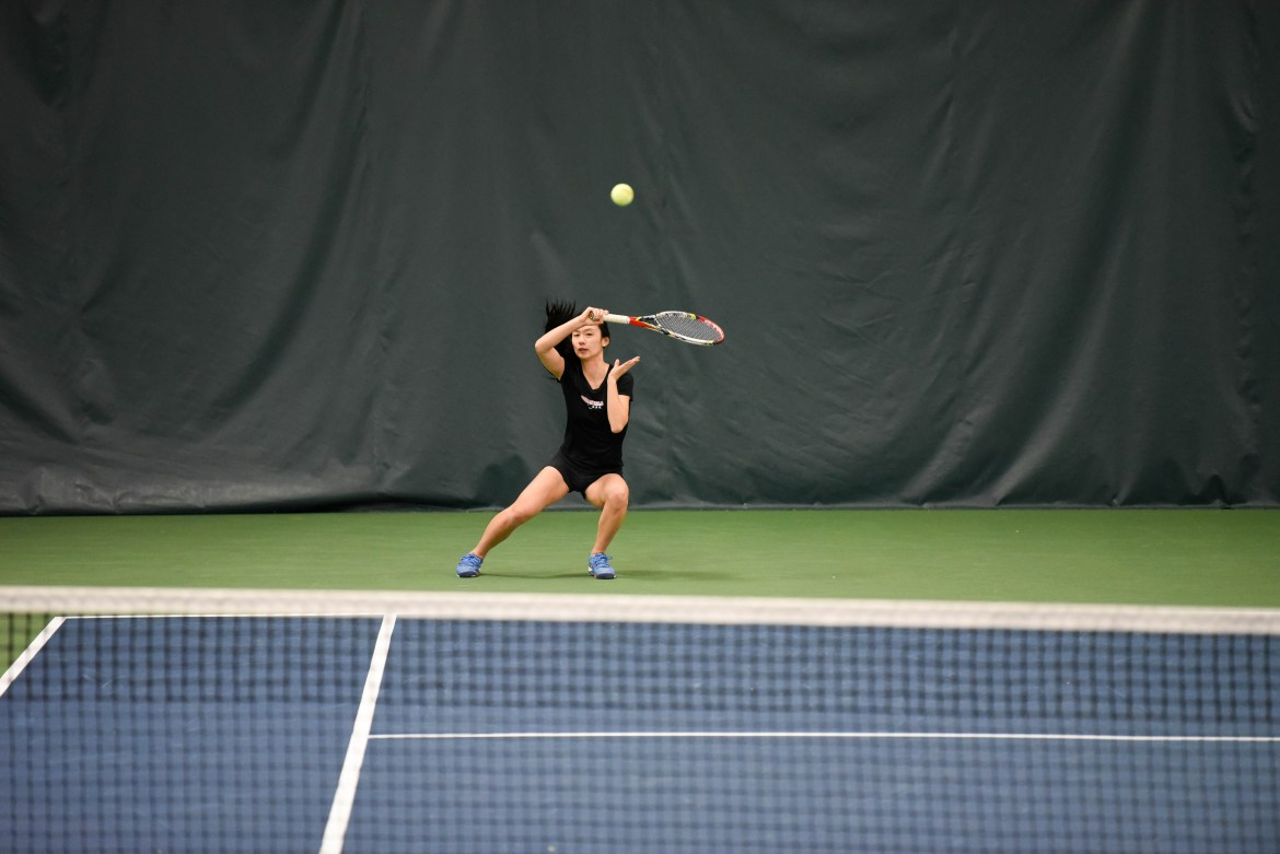 Tennis fell thrice to begin in-conference play.
