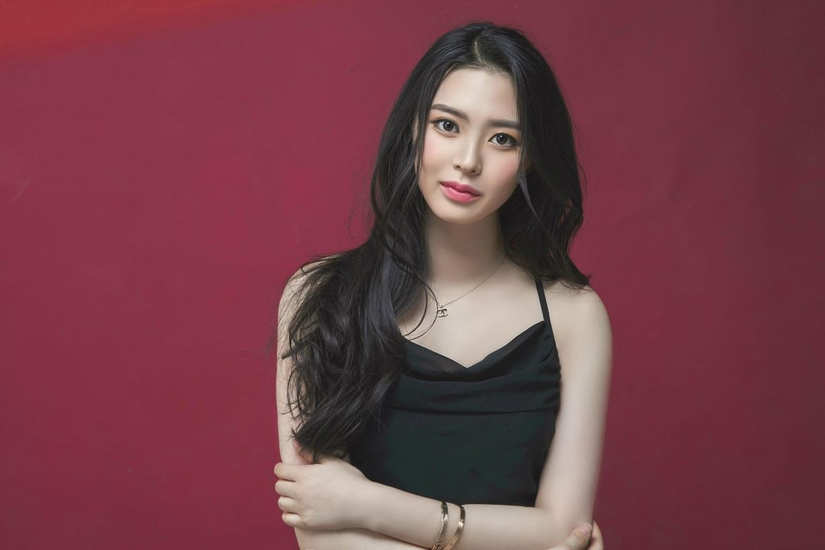 Ji-Yeon Lim '21 will represent South Korea in Miss World 2019, one of 130 participants in the oldest running international beauty pageant.