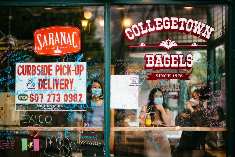 During Collegetown Bagels' final days at its iconic location, hundreds of fans visited the eatery to leave notes of remembrance on its storefront window.