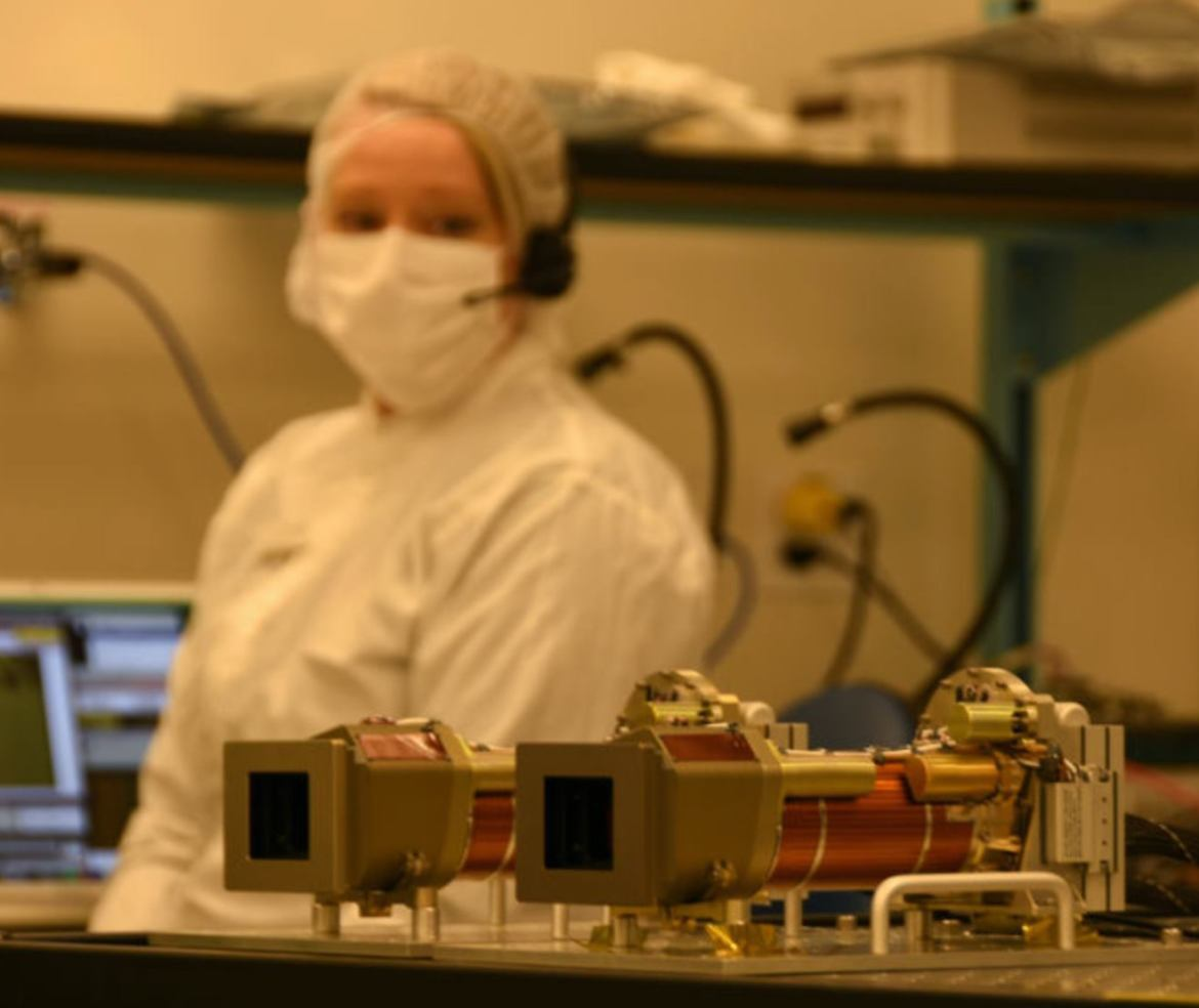 The Mastcam-Z instrument in a clean laboratory during calibration processes.