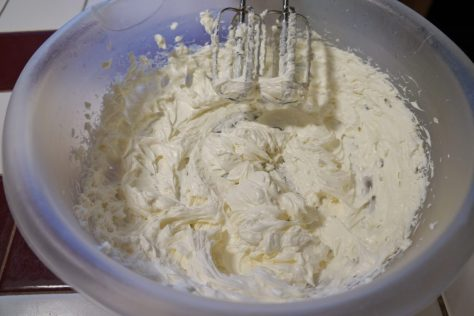 creamy crab rangoon eggrolls