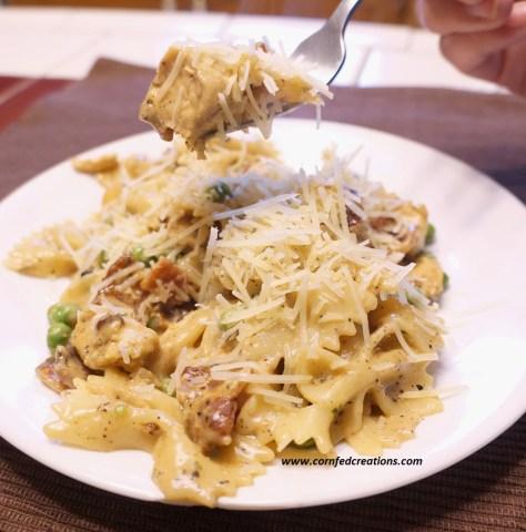 creamy chicken bacon ranch pasta