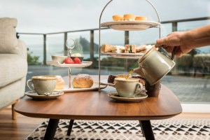 Cornwall's best afternoon teas | cream tea in Cornwall | scones | cake | coffee | tea | our favourites | Cornwall travel guide