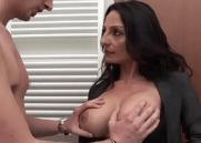Xvideos peitudas com madrasta tentadora seduzindo o seu enteado