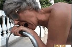 Comendo a velha sem vergonha depois do marido Corno