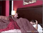 Mãe Carente foi inventar de dormir com o Filho bem Dotado e Terminou em incesto