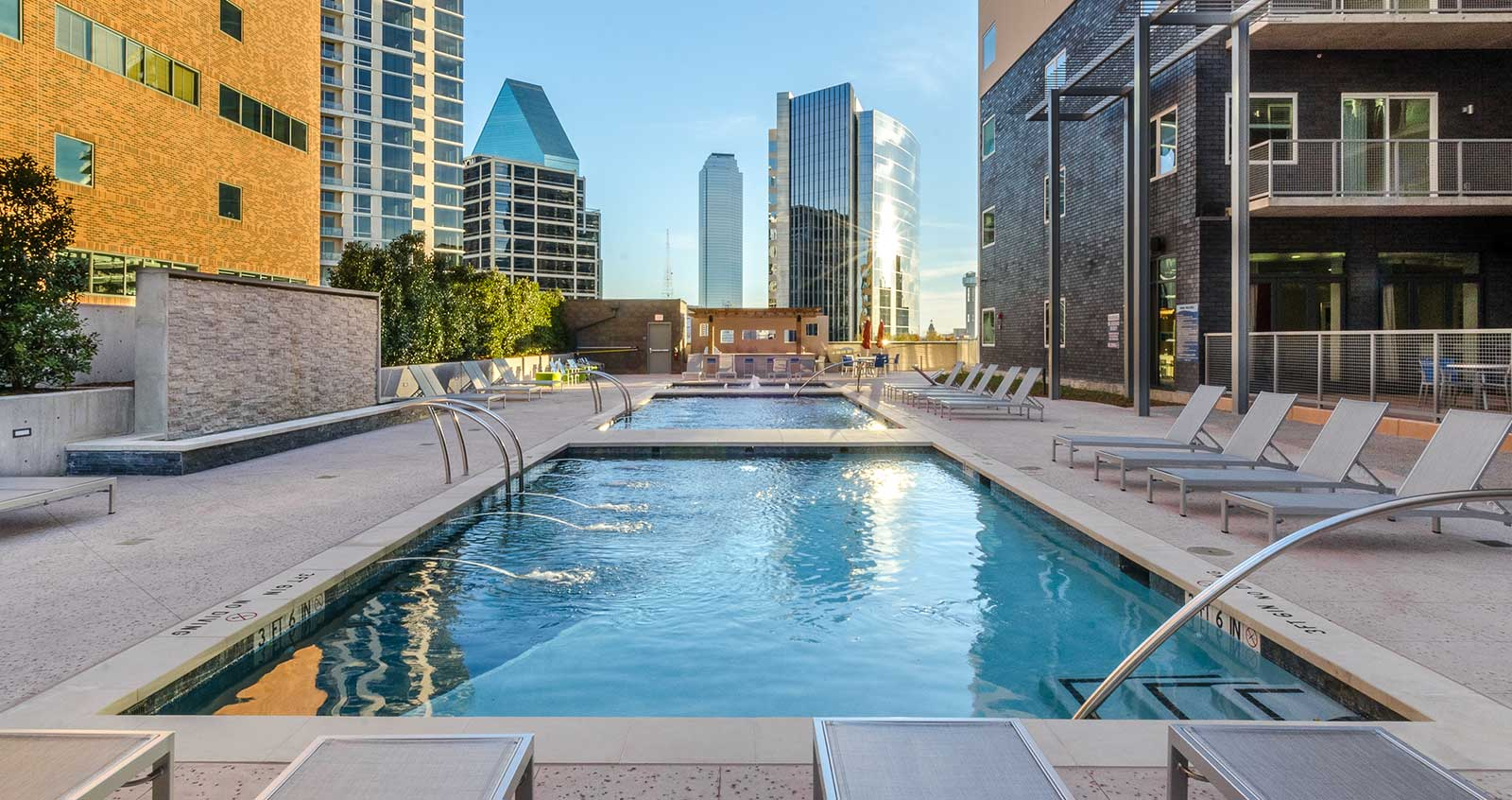The Miro Apartments In Uptown Dallas Short Term Leases