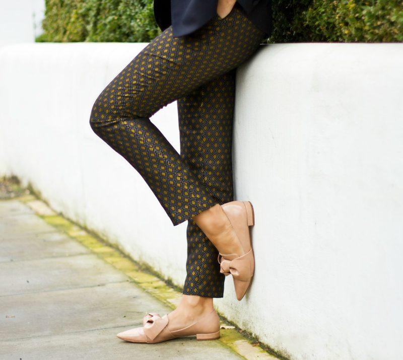 corporate-style-story-zara-printed-trousers-jcrew-logo-tee-reiss-navy-blazer-zara-bow-shoes-jaeger-camel-coat-1-5-800x715@