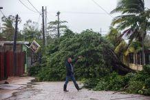Huracán Eta azota con fuerza en las costas del Caribe Norte de Nicaragua
