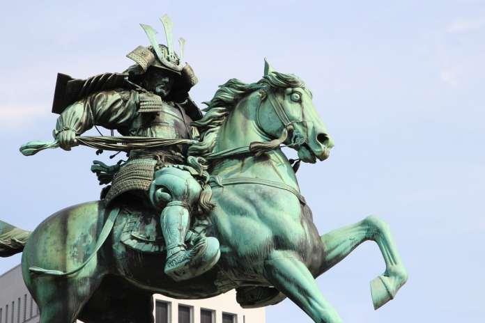 Statue de samurai