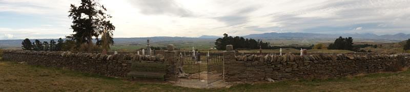 Hamiltons Cemetery above Waipiata - Stefan Lane