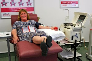 Tui Bevin donating plasma