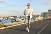 CORRADO FIRERA, STREET STYLE OUTFIT, SWEATSHIRT, 2STARCOLLECTION, DENIM JEANS