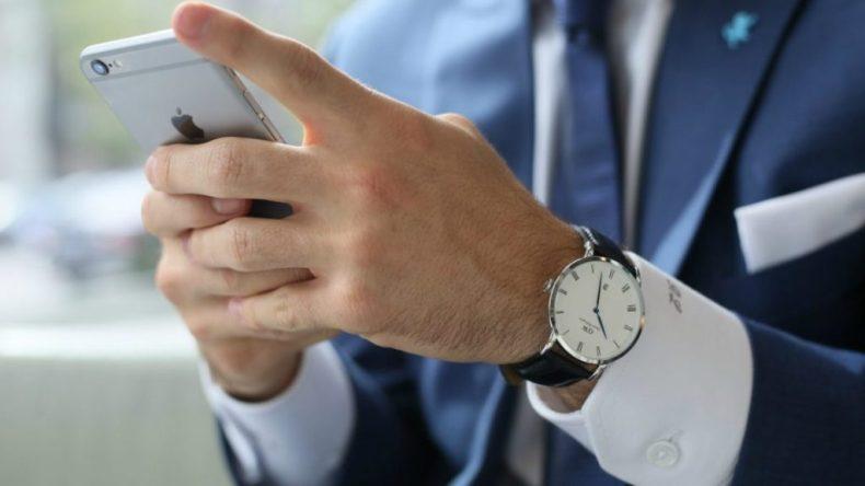 analog watch, men's accessories