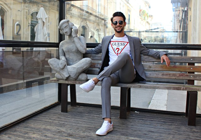 CORRADO FIRERA, STILE, STYLE, FASHION, MODA ITALIAN, GRAY SUIT