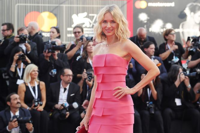Naomi Watts in Armani Privè, festival del cinema di venezia 2018
