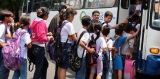 Alunos de escola no Dom Pedro ganham transporte gratis