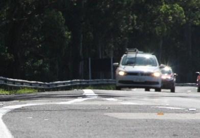 Farol passa a ser exigido durante o dia em rodovias de pista simples