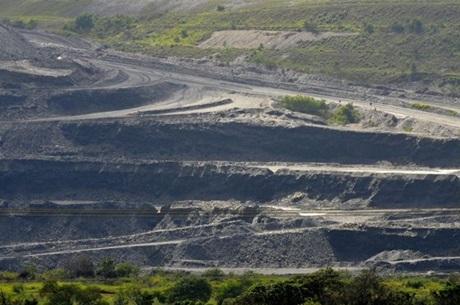 Corpo de homem é encontrado dentro de tubulação de rejeitos de mineradora