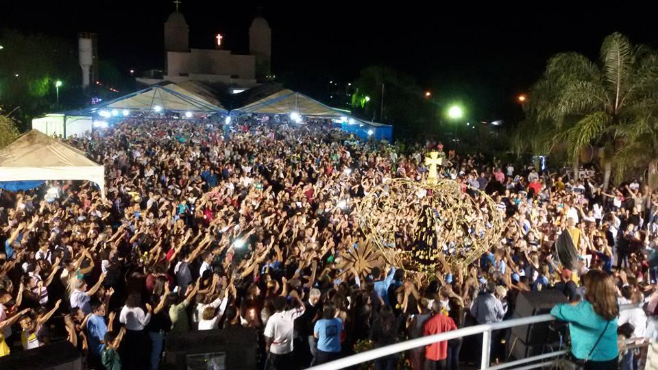 Milhares de fieis celebram Festa de Nossa Senhora da Lapa