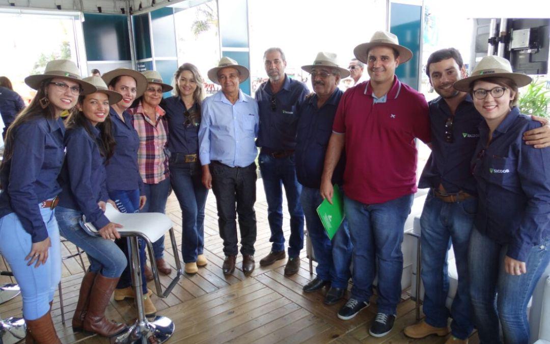 Sicoob Credivaz comercializa R$ 10 milhões durante AgroBrasília