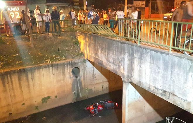 Mais um motorista imprudente cai dentro do Córrego do Monjolo