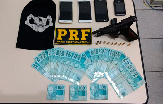 Operação Égide da PRF encontra arma e munições prende 4 suspeitos de assaltos na região mineira