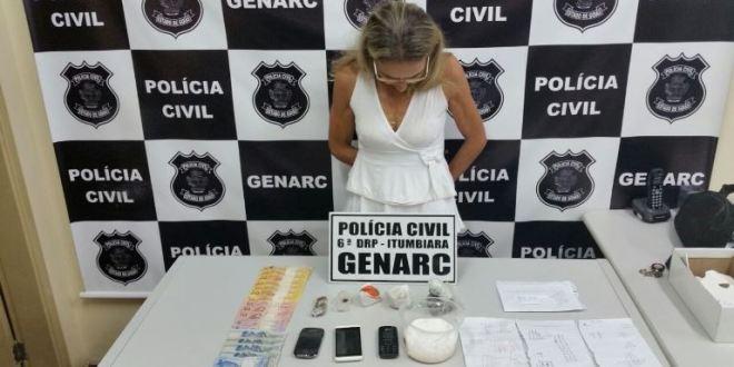 Mulher de 52 anos é presa suspeita de tráfico de drogas em Itumbiara