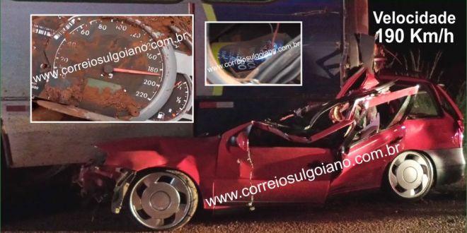Voltando da Pecuária: Jovens de Goiatuba sofrem acidente a 190 Km/h
