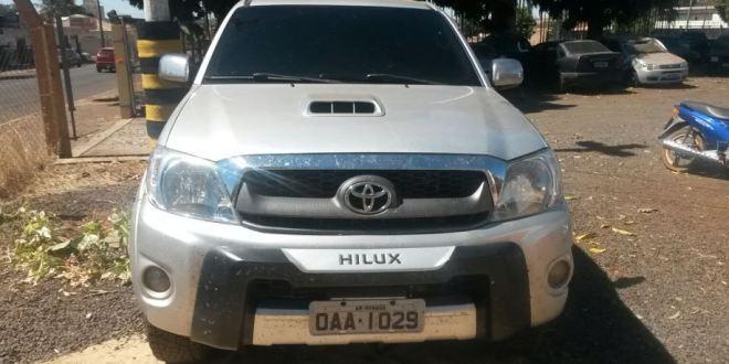GOIATUBA: Polícia Militar apreende caminhonete com queixa de furto e ou roubo