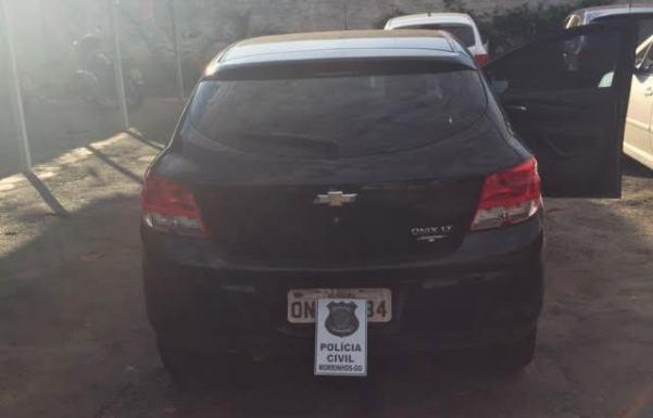 Polícia Civil de Morrinhos recupera carro furtado