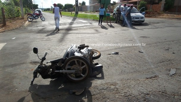 Acidente entre Moto x Carro