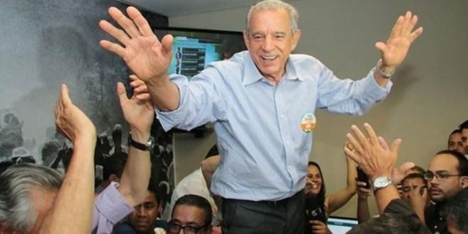 DESAPOSENTOU: Iris Rezende volta atrás e anuncia que será candidato a prefeito de Goiânia