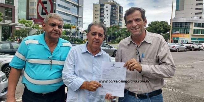 Prefeito Rogério Troncoso celebra liberação de verbas para compra de Mamógrafo, via emenda do deputado Francisco Oliveira