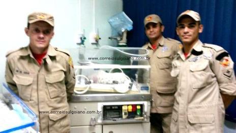 RECORDANDO: Corpo e Bombeiros realiza parto em residência
