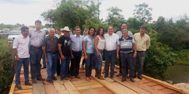 Prefeitura de Morrinhos reforma Ponte sobre o Ribeirão da Serra, região da Porteira Preta