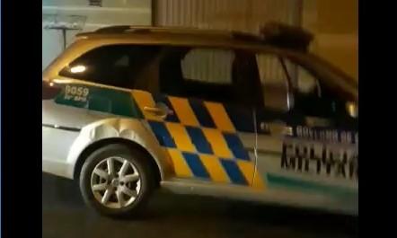 POLÍCIA AGE RÁPIDO E SALVA HOMEM DEFICIENTE FÍSICO DURANTE INCÊNDIO PROVOCADO, EM CALDAS NOVAS
