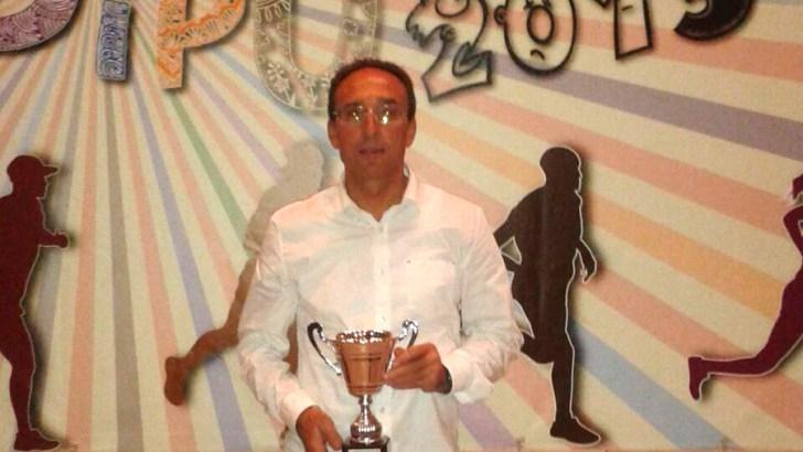 Ramón Ginés recoge su premio