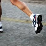 Qual a influência das superfícies de corrida e a velocidade no risco de contrair lesões?
