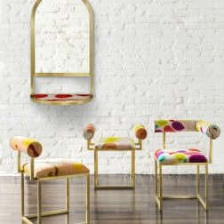ARTEMEST - Chairs and Mirror por Coralla Maiuri e Giorgia Zanellato para Secondome Gallery