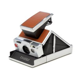 Polaroid Calls the SX-70