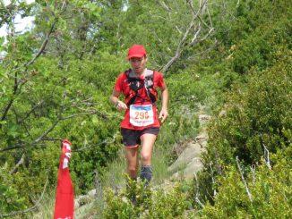 Mika durante a Traschinepro Trail 21km, na Espanha, competição em que ficou em terceiro lugar. Foto de Ramon Ferrer/Divulgação