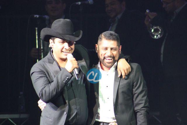 Julion y Pancho Barrazao en el concierto de Julion Alvarez en Madison Square Garden 7/30/2016