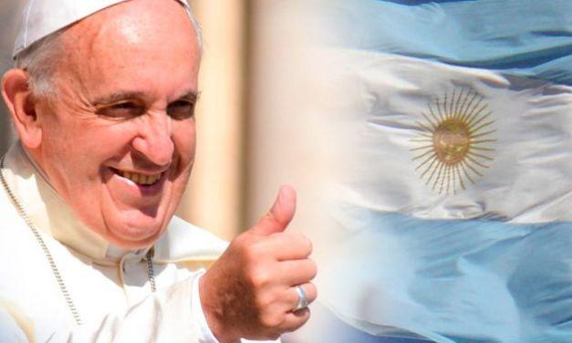"""El Papa Francisco envió una carta a los Argentinos """"Ustedes son mi pueblo"""""""